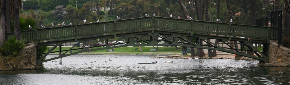 Photo of the bridge at Echo Park Lake.